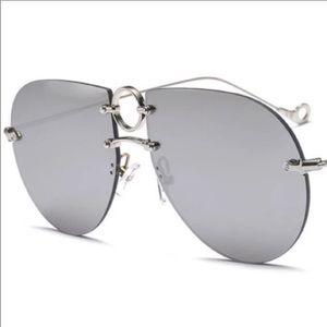 Oversized Mirrored Aviator Sunglasses